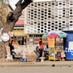 Accra - venditori ambulanti